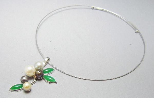 真珠の蕾 Bud pearl